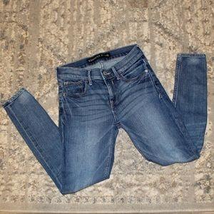 Express Mid-Rise Legging 2S Skinny Jean Light Wash